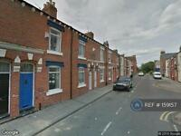 2 bedroom house in Palm Street, Middlesbrough, TS1 (2 bed)