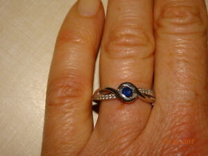 Great Christmas present! Beautiful lady's ring
