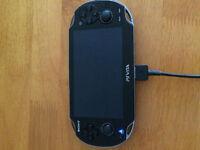 Sony PS Vita comme neuve + 6 jeux + carte memoire 8go159,99$!