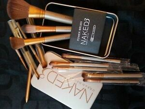 12 PINCEAUX URBAN DECAY NAKED 3 ULTRA DOUX   30.00$