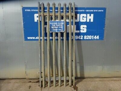 Second Hand 1.000mtr Wide  2.400mtr High Galvanised Palisade 'd' Triple Point to