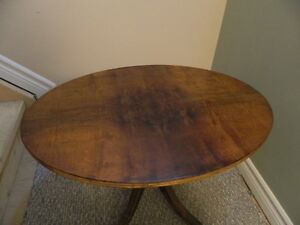 "Oval Antique Coffee Table with claw feet (26.5""x18.8""x18""H)"