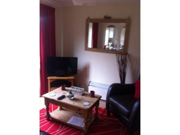 2 bedroom flat in Gants Hill