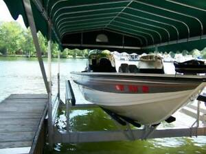 1750 DC Crestliner 90 HP Mercury 4 Stroke and Traile