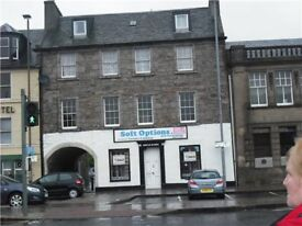 Spacious four bedroom flat on Musselburgh High Street for rent.