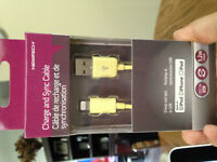 Unopened brand new Ipod/Iphone/ipad Charge and Sync Cable