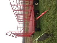 Hay wagon - JBM thrower rack and new Horst wagon
