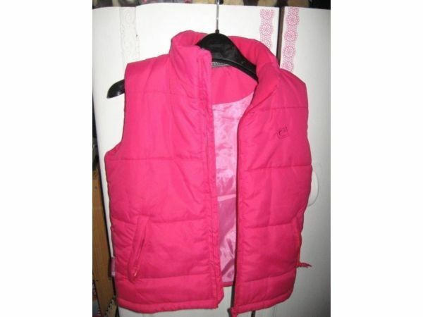 Great value childrens padded bodywarmers. Shop boys & girls gilets to buy online today. Free P&P over £ Fast dispatch & delivery.