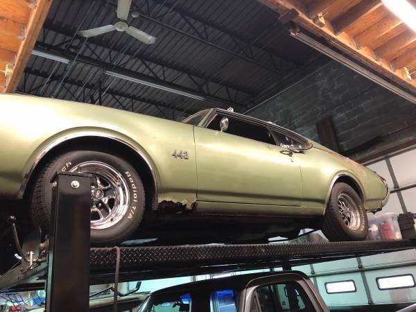 1969 Oldsmobile 442  1969 Oldsmobile 442