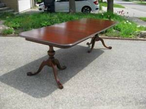 Great 100' Antique Chippendale Mahogany Table, Chairs, Buffet