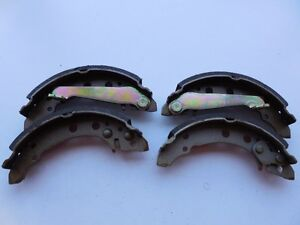 VW Cabriolet Fox Golf Jetta Rabbit Scirocco 1979-1993 Brake Shoe