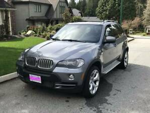 2009 BMW X5 4.8i X-Drive Low Kms!