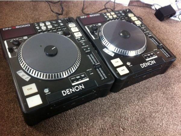 2x Denon DNS5000 CD Player Decks (with individual flightcases)
