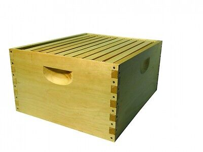 Beehive 10 Frame deep hive body with plastic foundation