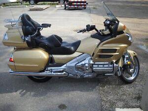 2006 GL1800 Goldwing Honda LOADED Touring