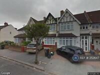 3 bedroom house in Melrose Avenue, London, SW16 (3 bed)