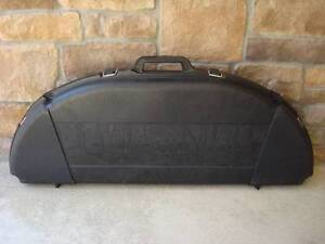Compound Bow Case (Hard Shell) Peterborough Peterborough Area image 1