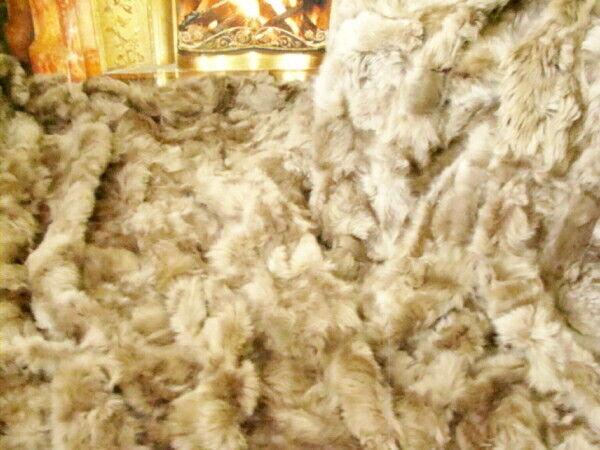 Wohndecke Tagesdecke Kuscheldecke Naturfell echtes Schaffell 150 x 200 cm taupe