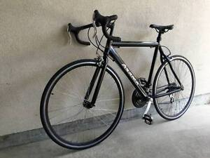 "Asama 57cm / 22.5"" aluminum frame road bike, 21 speed *mint*"