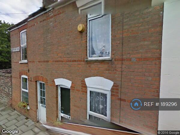 2 bedroom house in Gladstone Rd, Kings Lynn, PE30 (2 bed)