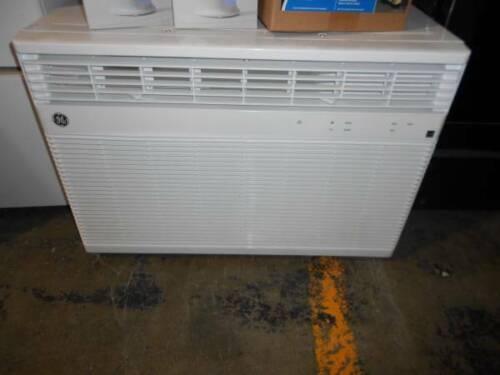 GE 220 Volt Wifi 23,000 BTU Room Air Conditioner COOLS 1500 Sq. FT