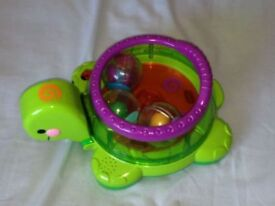 Fisher-Price Roll-a-Rounds Twirlin' Whirlin' Turtle