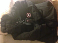 NEW CANADA GOOSE EXPEDITION JACKET MEN L PARKA AUTHENTIC BLACK