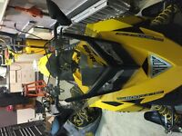 Pare-brise ( windshield ) skidoo BRP REV XP