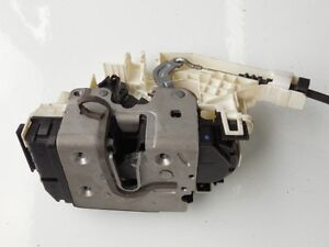 Mercedes-Benz C E GLK CLS Class 2008-2012 Front Left Door Lock