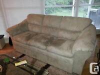 Recherche aide pour déplacer un canapé/help moving a couch
