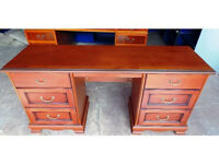 6 DRAWER DOUBLE PEDESTAL WOOD DESK IDEAL FOR HOME OR EXECUTIVE OFFICE USE