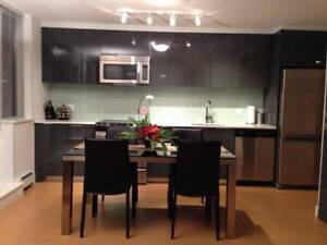 2br - 838ft2 - Yaletown Condo with Magnificent Water Vie