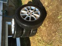 Mags 17 pouces Grand Caravan pneu inclus