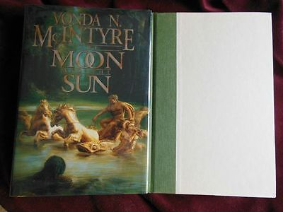 Vonda McIntyre - THE MOON AND THE SUN - 1st/1st - World Fantasy