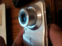FUJIFILM CAMERA  12 MP