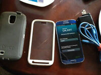 Unlocked Galaxy S4 16GB SGH-1337 Comes with Bodyglove hard prote