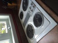 Évier double st/st  plaque de cuisson jenn-air avec fan integre