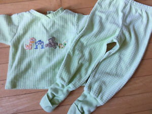 Boys clothes lot - 12 months  Kitchener / Waterloo Kitchener Area image 4