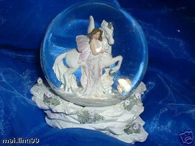 Grosse Schneekugel mit Elfe auf Einhorn Glaskugel