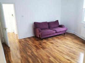 2 bedroom flat in Baring Street, London, N1