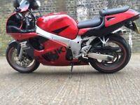 1999 Suzuki GSXR 600 Motorcycle with 8 month MOT.