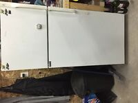 White 30 inch fridge