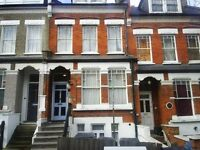 **Cosy furnished Studio Flat 10 mins walk of central Crouch End,bills included except Electricity**