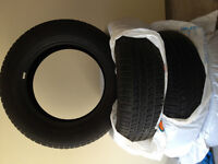 4 Goodyear Wrangler 275/65R20 Tires           4000 km Almost New