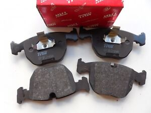 BMW 530 740 M5 X5 RangeRover 1995-2006 Front Brake Pad Set