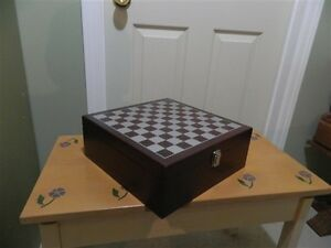 Chess Case Table with Wine Accessories