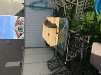 **PRICE NEGOTIABLE** Beautiful Outdoor Patio Set