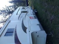 2006 ,36 ft Fifth wheel,4 slides loaded