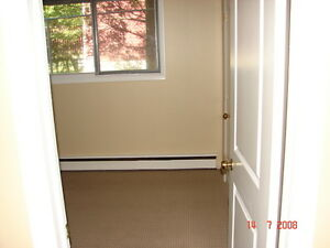 ALL-INCLUSIVE 3-BEDROOM APARTMENT - $1150/month Kitchener / Waterloo Kitchener Area image 7