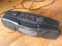 Sony portable vintage radio-cassette CF-S-B31